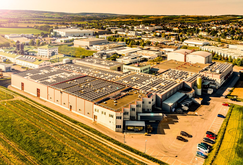 Wolkersdorf에있는 Kotányi의 회사 건물은 조감도에서 촬영했습니다.